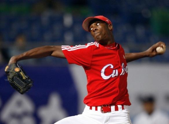 100 m.p.h.-fastball-throwing left-hander Aroldis Chapman